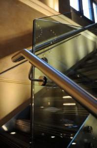 Üvegkorlátok és üvegfalak |Üvegman Kft.